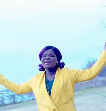 Be Praised video - Funmi Taiwo